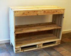 újrabútor: raklap bútorok
