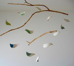 Mobiles - bird (could tailor to Fall: leaves) Bird Mobile, Mobile Art, Hanging Mobile, Hanging Art, Clay Birds, Ceramic Birds, Ceramic Clay, Ceramic Pottery, Diy Clay