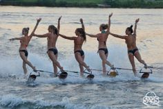 Girls line - Swivel Skiing