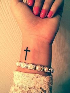 25 Awesome Minimalist Forearm Tattoo Designs For Girls. Design for my first tattoo! Cross Tattoo On Wrist With Bible Verse Cross Tattoo On Wrist, Small Cross Tattoos, Simple Cross Tattoo, Cross Tattoos For Women, Tattoos For Women Small, Cross On Wrist, Side Wrist Tattoos, Tattoo Women, Finger Tattoos
