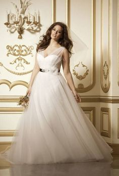 Plus Size Wedding Dresses | Wedding Dresses Style | Brides.com