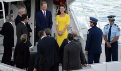 Crowds greet William, Kate and baby Prince George as they arrive in Australia for ten day tour | Mail Online