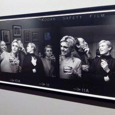 """Andy Warhol y la Velvet Underground. Exposición """"Schapiro. Retrospectiva"""" hasta el 23 de Agosto en el Centro de Historias #zaragozaguia #zaragoza #zgz #regalazaragoza #zaragozapaseando #zaragozaturismo #zaragozadestino #miziudad #zaragozeando #mantisgram #magicaragon #loves_zaragoza #loves_aragon #igerszaragoza #igerszgz #igersaragon #instazgz #instamaños #instazaragoza #zaragozamola"""