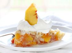 This perfect Peach Pie is exactly what your next gathering needs! See how to bake this delicious peach pie recipe or grill it! Summer Desserts, No Bake Desserts, Just Desserts, Blueberry Zucchini Cake, Peach Pie Recipes, Kinds Of Pie, I Am Baker, Lemon Buttercream, Perfect Peach