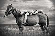 Senior picture ideas with horse