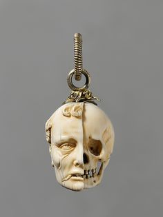essay on memento mori jewelry