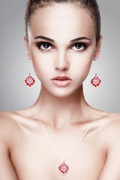 www.polandhandmade.pl #polandhandmade #ceramika #zudesign   Red ceramic earrings Red dangle earrings on sterling silver earwires. Red ceramic jewelry Red folk jewelry Red earrings Red jewelry by ZuDesignJewelry on Etsy