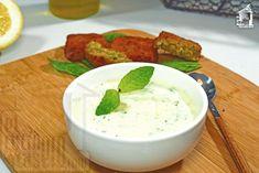 Salsa de yogur y menta para acompañar recetas árabes como el Falafel. <br/> Lebanese Recipes, Vegan Recipes, Avocado Pasta, Middle Eastern Recipes, Sin Gluten, Deli, Finger Foods, Yummy Treats, Veggies
