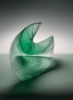 Niyoko Ikuta - Ku-25 - Laminated glass sculpture