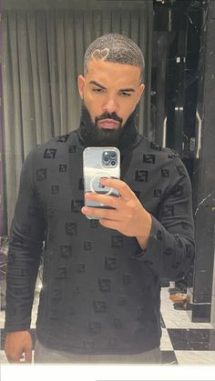 Drake Drake Ig, Drake Drizzy, Aubrey Drake, Cute Black Boys, Pretty Boys, Bad Girl Style, Drake Photos, Drake Graham, Handsome Black Men