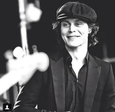 This cute smile ... omg Ville Valo