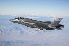 O caça Lockheed Martin F-35A matrícula AF-03 lançou no dia 28 de julho um míssil Raytheon AIM-9X Sidewinder contraum drone, destruindo-o. O caça identificou o alvo usando seus sensores do sistema de missão, passou a informação de rastreamento para o míssil montado na asa e permitiu que o piloto verificassse as informações de designação do