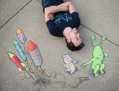 David Zinn and his chalk art by Myra Klarman Photography Murals Street Art, 3d Street Art, Street Art Graffiti, Street Artists, New York Graffiti, Banksy Graffiti, Graffiti Lettering, Graffiti Artists, David Zinn