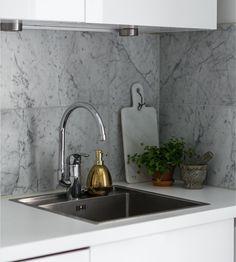 Bianco Carrara C 610x305x10mm Polerad/Slipad Carrara, Interior Inspiration, Sink, Hem, Home Decor, Villa, Marble, Sink Tops, Vessel Sink