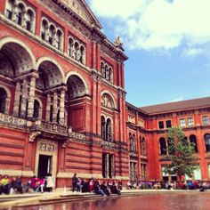 Victoria and Albert Museum (V&A) in Queen's Gate, Greater London: http://theitinerantlinguist.blogspot.com/2015/08/the-everything-museum.html