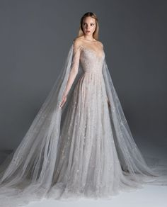 Paolo Sebastian fuses established style staples with a contemporary edge, creating unique handmade garments that infatuate those with a truly romantic heart. Ball Dresses, Ball Gowns, Prom Dresses, Formal Dresses, Dress Dior, Fantasy Gowns, Fairytale Dress, Tulle Gown, Dream Wedding Dresses