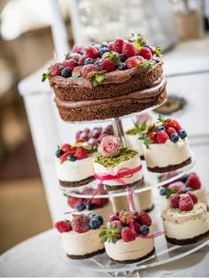 Wedding Cake Happines Color Love Small Cake Mini Cake Cake with Fruit Cake . - Wedding Cake Happines Color Love Small Cake Mini Cake Cake with Fruit Cake … # - Fruit Wedding Cake, Small Wedding Cakes, Floral Wedding Cakes, Cheesecake Wedding Cake, Love Cupcakes, Wedding Cakes With Cupcakes, Cupcake Cakes, Food Cakes, Cakes Originales