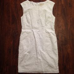 Sale today Michael  Kors Dress.Firm Worn once great condition,I wore this when I was a medium fit me perfectly.Has 2 front pockets and zipper in the back. Michael Kors Dresses Midi