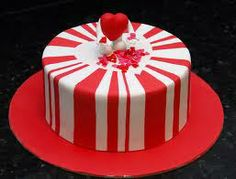 E.-CAKE-Valentino