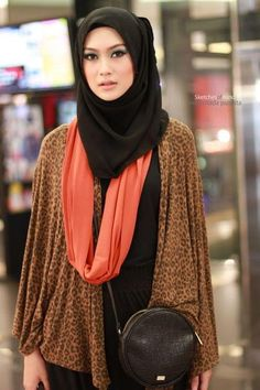 Loving this look {Fashion Fighting Famine} #leopard #coral #black #fierce
