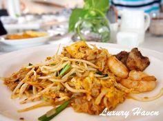 Buffet Breakfast at Lone Pine Hotel Penang #lonepine #e #food #travel #penang #malaysia #charkwayteow