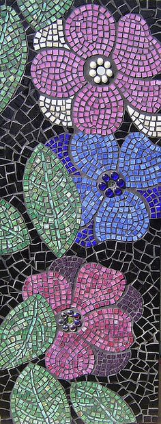 flowers with stained glass and mosaic art by Julee Latimer Mosaic Tile Art, Pebble Mosaic, Mosaic Diy, Mosaic Garden, Mosaic Crafts, Mosaic Projects, Mosaic Glass, Mosaics, Mosaic Designs