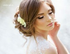 Bridal Makeup Inspiration : Wedding Makeup - Wedding Makeup For Fair Skin Bridal Makeup For Fair Skin, Bridal Makeup Natural Brunette, Dramatic Bridal Makeup, Bridal Makeup For Blondes, Fair Skin Makeup, Asian Bridal Makeup, Wedding Hair And Makeup, Hair Makeup, Celebrity Wedding Makeup