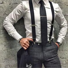 men suits blue -- Click visit link for more info Mode Masculine, Suit Fashion, Mens Fashion, Fashion Outfits, Suspenders Outfit, Grey Suspenders, Moda Formal, Style Masculin, Herren Outfit
