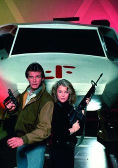 V - Marc Singer and Faye Grant