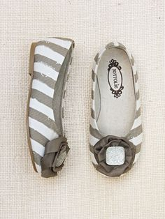 the cutest line of little girl shoes.....wish I still had a little girl.  by Joyfolie Delani