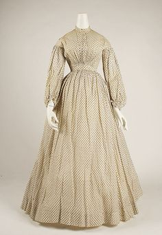 Dress | American | The Met 1830s cotton print. I'm not convinced this is 1830's, but whatever.