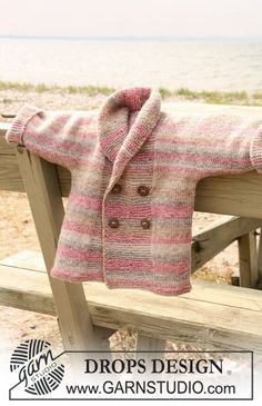 "How cute!! free pattern by Drops: Double breasted DROPS jacket with shawl collar in ""Fabel"". Size: 1/3 - 6/9 - 12/18 months (2 - 3/4) years"
