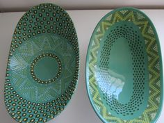 Fezile Ntshofu ceramic ware in gorgeous teal and green shades with beautiful patterns Pottery Plates, Ceramic Plates, Ceramic Pottery, Pottery Art, Pottery Painting, Ceramic Painting, Ceramic Art, Ceramic Studio, Diy Décoration