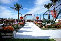 Cerimônia ao ar livre - Casamento na praia