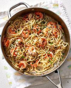 The Best Shrimp Scampi Recipe. This is a quick and easy meal or weeknight dinner recipe that ANYONE can master. Get food on the table fast by keep a few simple pantry staples on hand: frozen shrimp, s Best Shrimp Scampi Recipe, Easy Shrimp Scampi, Shrimp Scampi Without Wine, Pasta Scampi, Shrimp Linguine, Seafood Pasta, Easy Pasta Recipes, Seafood Recipes, Easy Meals