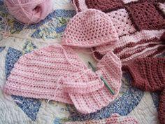 Mountain Made Crochet: Baby Set Progress