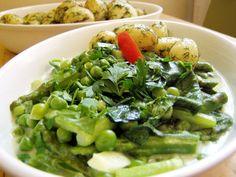 Spenótos-spárgás borsóragu Green Beans, Vegetables, Food, Essen, Vegetable Recipes, Meals, Yemek, Veggies, Eten
