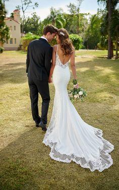 Sleek Wedding Dress, Amazing Wedding Dress, Affordable Wedding Dresses, Bridal Wedding Dresses, Designer Wedding Dresses, Bridal Outfits, Fit And Flare, Stella York Bridal, Lace Bridal