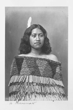NEW ZEALAND Harimate, a young Maori woman probably from the Whanganui region. She wears a fine cloak, white feather headdress and the moko kauae, or woman's chin tattoo. Photo by Frank J. Sailor Jerry, Back Tattoo Women, Tattoos For Women, Auckland, Polynesian People, Polynesian Art, Cultures Du Monde, Zealand Tattoo, Body Mods