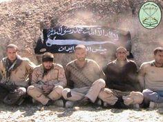 ایرانیان در حال استفاده از برچسب #FreeIranianSoldiers برای افزایش اطلاعرسانی در مورد پنج سرباز مرزبان ربوده شده در مرز ایران و پاکستان هستند. گروه شورشی سنی بلوچ جیشالعدل مسوولیت این اقدام را پذیرفته و عکس بالا را از این سربازان ربوده شده در حساب توئیترش منتشر کرده است.