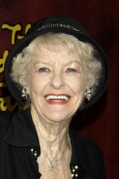 Actress Elaine Stritch | elaines Actress Elaine Stritch Has Passed Away At Age 89