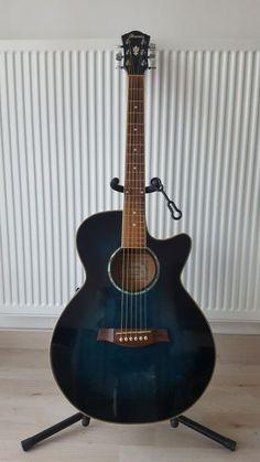 """Guitare électro acoustique Ibanez """"AEG10ETBS"""".Guitare folk 6 cordes avec pré…"""