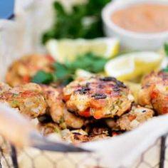Shrimp Cakes with Spicy Cajun Mayo Recipe EatingWell, Shrimp cakes, Fish recipe, Thai Shrimp Cake Easy Delicious Recipes: Rasa Malaysia Re. Shrimp Recipes Easy, Easy Delicious Recipes, Fish Recipes, Seafood Recipes, Cooking Recipes, Healthy Recipes, Healthy Meals, Chicken Recipes, Yummy Food