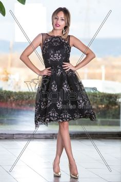 ROCHIE BABY DOLL NEAGRA CU BRODERIE AURIE High Low, Formal Dresses, Fashion, Embroidery, Dresses For Formal, Moda, La Mode, Fasion, Gowns
