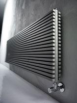 Heißwasser-Heizkörper / horizontal / aus Stahl / Wandmontage