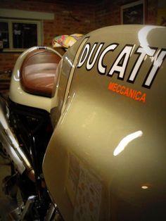 LOVE this color and seat - Ducati - Ducati Desmo, Moto Ducati, Ducati Motorcycles, Cafe Racer Motorcycle, Vintage Motorcycles, Women Motorcycle, Motorcycle Quotes, Motorcycle Helmets, Custom Motorcycles