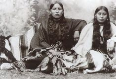Women at the Fort Sill Indian Reservation, April 1899