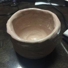 【C】 作ったの自体は少し前ですが、陶芸体験で作ったコップ的な何かです。紐作りの技法を使い作りました。写真だとわかりにくいですが、結構綺麗なピンク色をしてます