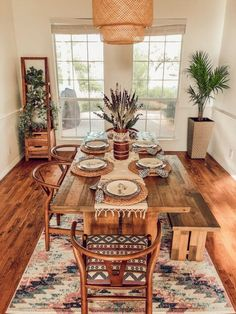 First-Time Home Buyers Make a Desert Boho Dallas House - This Dallas home has bo. First-Time Home Buyers Make a Desert Boho Dallas House - This Dallas home has boho decor, plenty of desert, southwestern elements and gorgeous natural light. Design Room, Interior Design Living Room, Living Room Decor, Dining Room Design, Room Interior, Boho Dining Room, Dining Area, Dinning Room Table Decor, Warm Dining Room