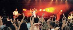 Geen saaie maandagavonden meer in juli en augustus! Kom samen met je vrienden genieten van een gratis concerten in het stadspark in Aalst. Afspraak elke maandag om 20u met een picknick laken en een hoop vrienden!